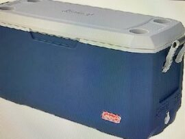 120 Quart cooler with lid - Blue and white
